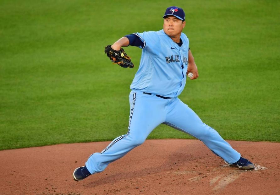 Blue Jays' Ryu Hyun-jin rides cutter to impressive win over Yankees