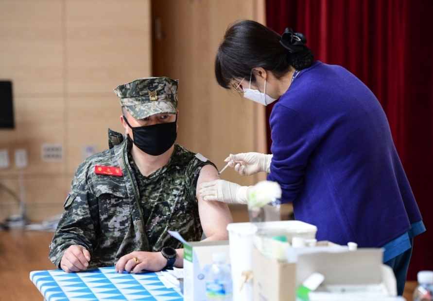 10 service members test positive for COVID-19