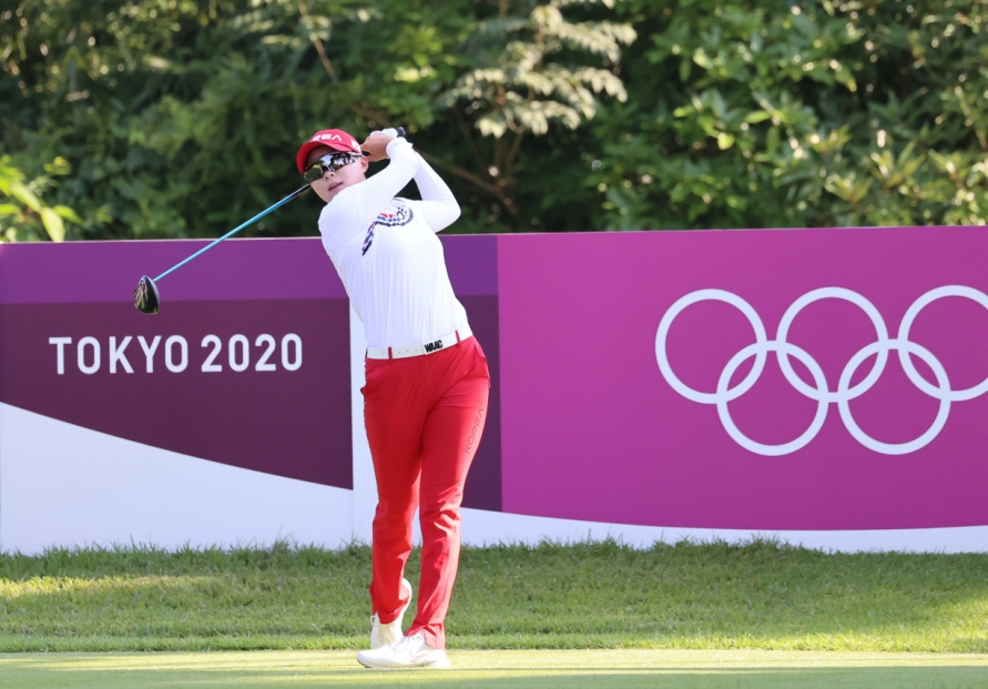 [Tokyo Olympics] S. Korean golfers inspired by volleyball team's comeback win over Japan
