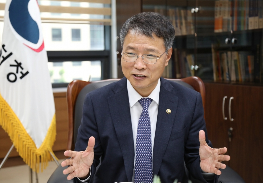 [Herald Interview] Improving R&D productivity crucial amid growing tech competition: IP agency chief