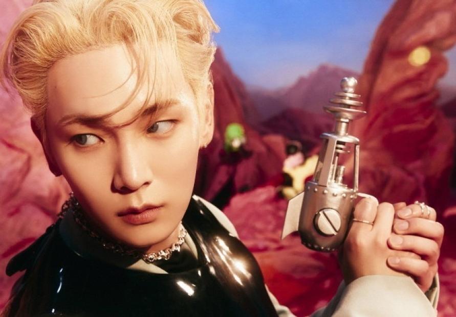 Shinee's Key tops iTunes chart in 32 regions
