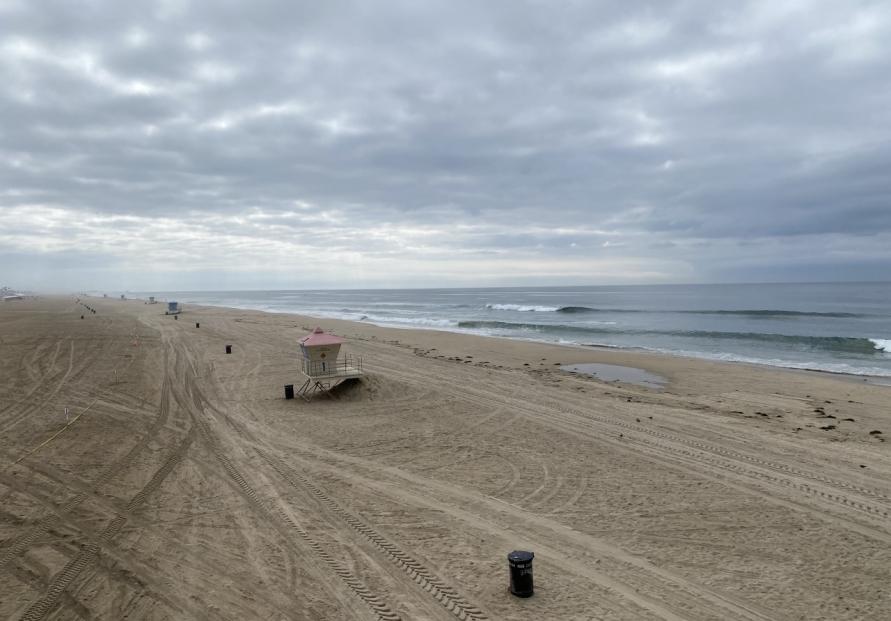 Massive oil spill off California coast
