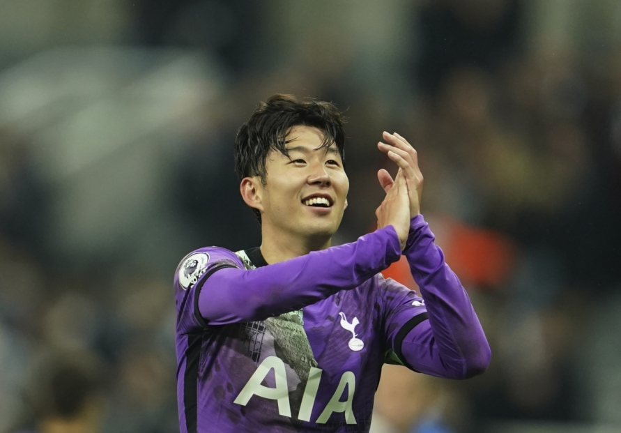 Son Heung-min scores for Tottenham, quells COVID-19 speculation
