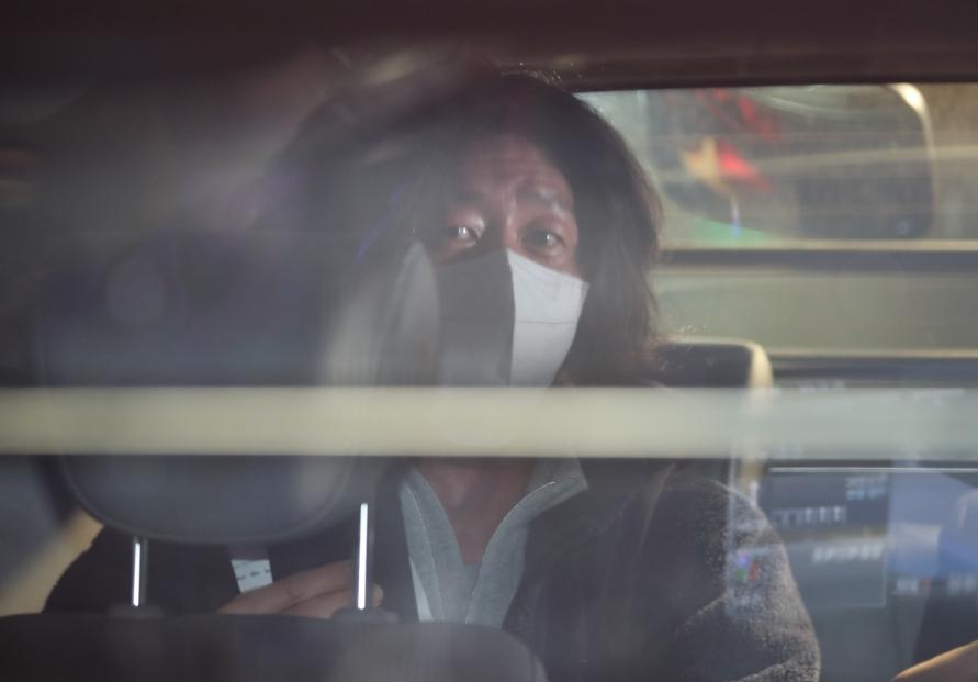 [Newsmaker] Prosecutors detain key figure in land development scandal, raid Seongnam City Hall