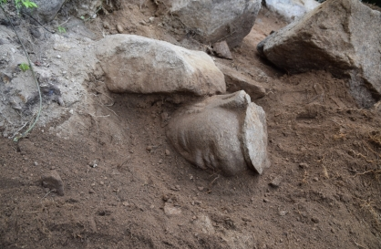 Missing head of Buddha statue on Namsan in Gyeongju discovered