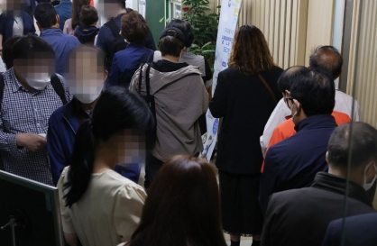 [News Focus] Unemployment amid COVID-19 shows gender contrast in Korea