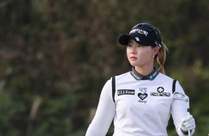 S. Korean Lim Hee-jeong takes 54-hole lead at home LPGA tournament