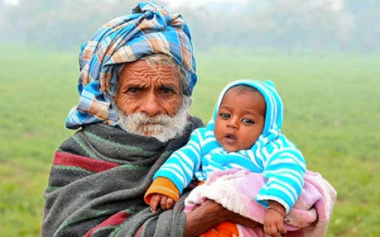 [Tidbit] Indian farmer claims to be 'world's oldest dad at 94'