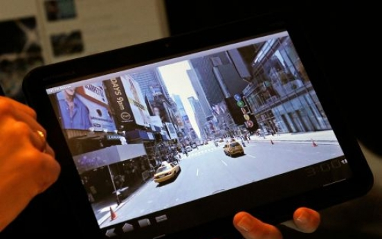 Tablets crowd CES, chasing iPad's tail