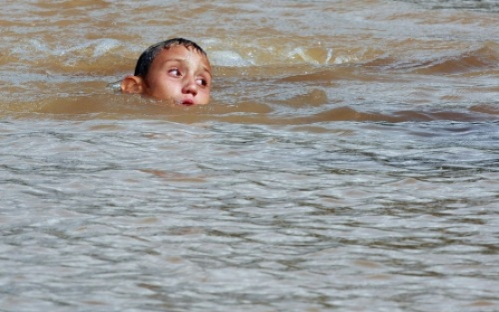 Hundreds killed in Brazil floods, mudslides