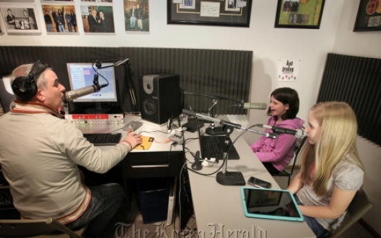 Family's podcast challenges Hollywood hitters on iTunes