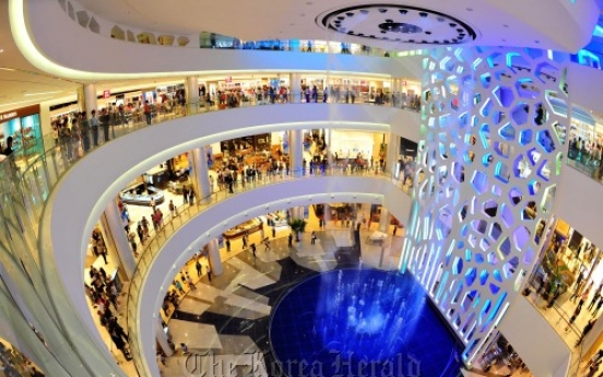 Retailers target luxury sales, expand overseas for growth