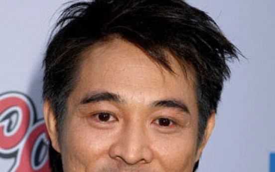 Kung-fu star Li confirms he is now Singaporean