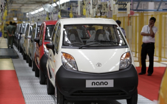 Tata looks at selling Nano in Asia