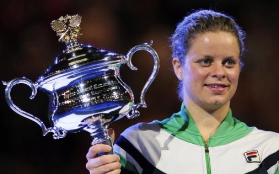 Clijsters sinks Li in Aussie final