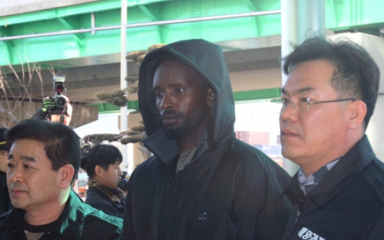 S. Korean court issues arrest warrants for 5 Somali pirates