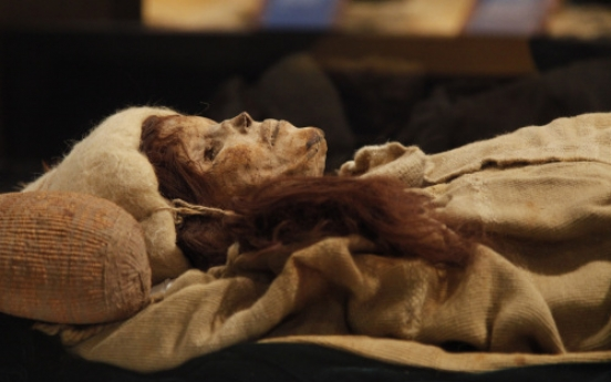 A 3,800-year-old Chinese mummy at an exhibition in U.S.