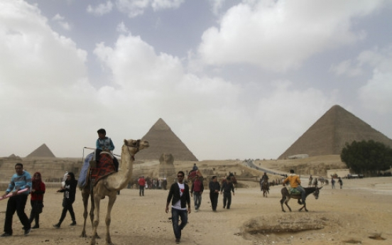 Egyptian tourism struggles to revive