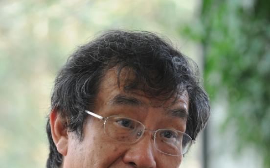 [Herald interview] Confucianism helped Korea in financial crisis: scholar