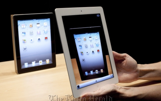 iPads in cockpits may hasten end of era for paper charts