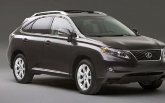 Toyota recalls Lexus vehicles in S. Korea on faulty floor mats