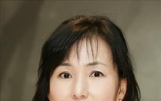 Novelist Kong donates to Japan quake