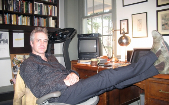 Wesley Stace fuses music and literature