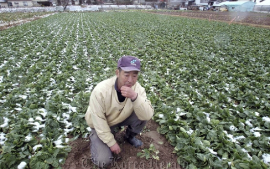 Japan's farmers battle nuclear scare