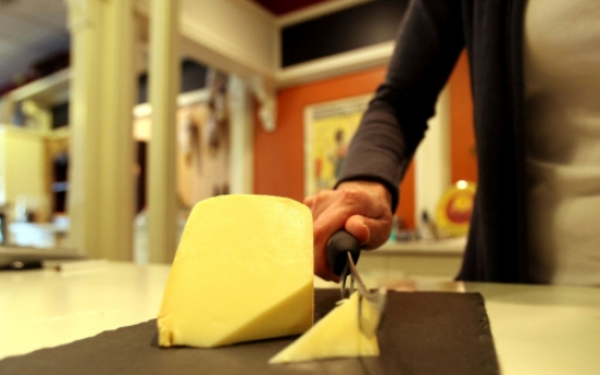 Flavorful raw milk cheese
