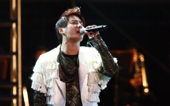 JYJ's Junsu voted best singer