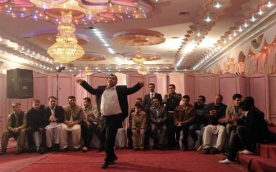 Afghanistan moves to ban extravagant weddings