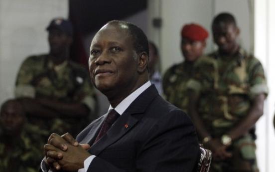 Ivory Coast generals pledge loyalty to Ouattara