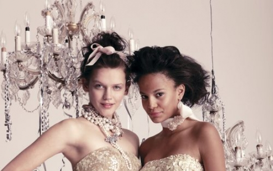 Got prom dibs? Girls use Facebook to claim dress