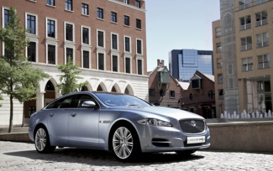 Jaguar XJ named luxury car of the year