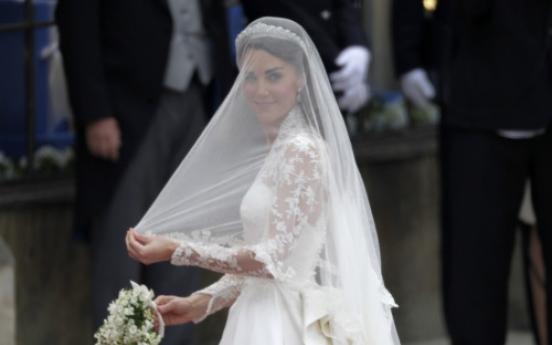 Sarah Burton is designer of royal wedding dress
