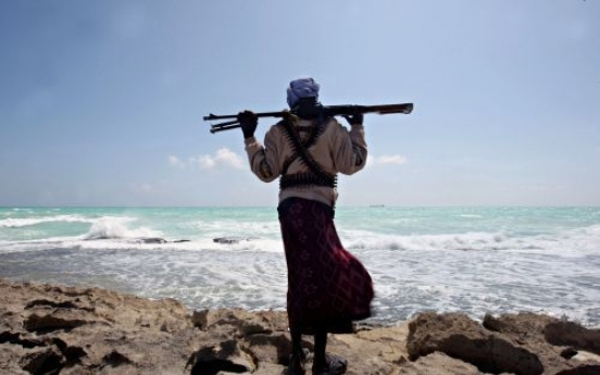 Somali pirates hijack ship with four S. Koreans aboard: official