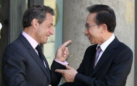 Lee, Sarkozy discuss G20, trade ties