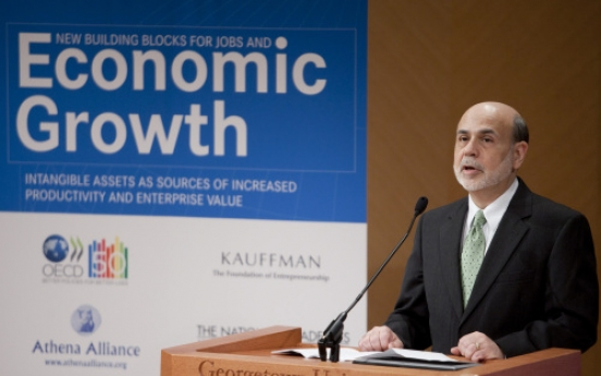 U.S. considers tighter credit as economy improves