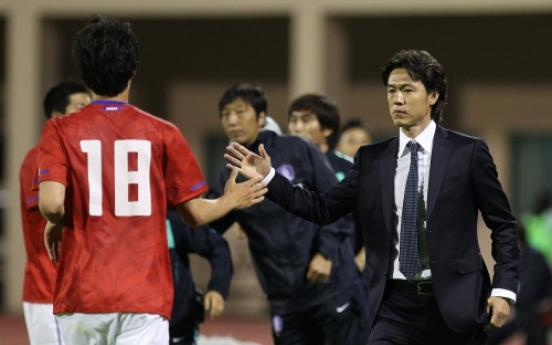 Clubs deny Hong full Olympic squad