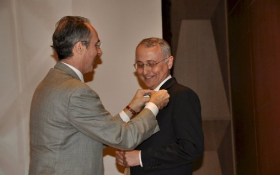 Italy awards cultural attache with nation's highest honor