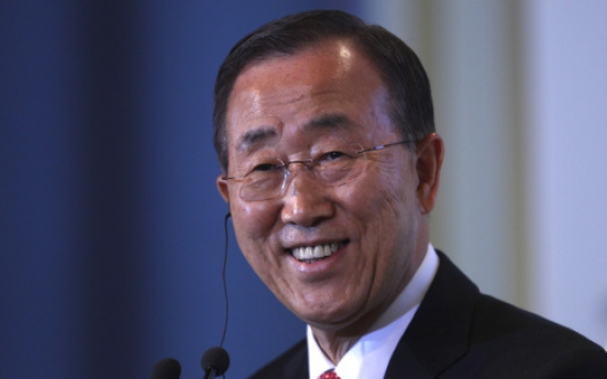 Ash cloud forces U.N. chief to celebrate birthday on bus