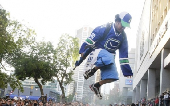Nearly 150 hurt in Vancouver riot following loss