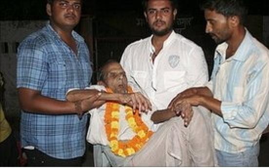 India releases oldest prisoner, aged 108
