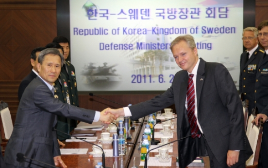 S. Korea, Sweden ministers discuss military cooperation