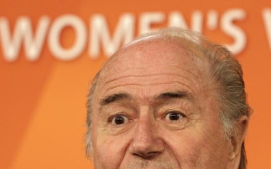 Blatter talks WC soccer, not bribery allegations