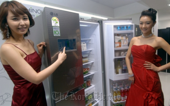 LG smart appliances attract crowds