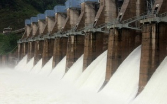 N.K. discharges water from border dam without warning