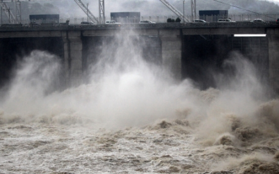 Heavy rain to continue throughout week
