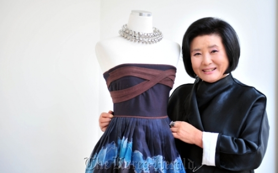 Hanbok designer to hold show on Dokdo