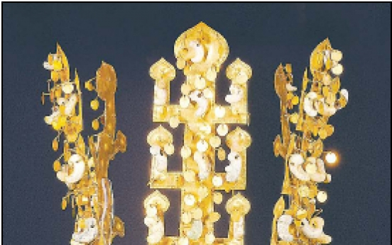 Gold crown of Silla makes first overseas trip to Sydney